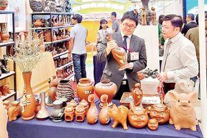 'Lực đẩy' đưa sản phẩm làng nghề vươn xa