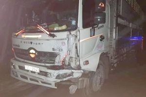 Tai nạn giao thông sáng 15/12: Xe tải húc bay xe hơi, tài xế tử vong thương tâm