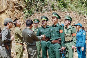 Thắm tình hữu nghị đặc biệt Việt Nam - Lào