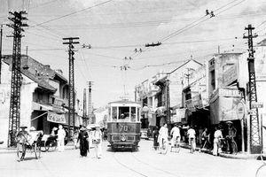 Hơn một thế kỷ trước, tàu điện khởi chạy ở Hà Nội thế nào?