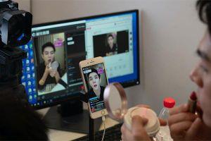 Người Việt có thể kiếm 350 triệu/tháng nhờ livestream trên mạng