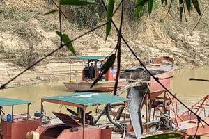 Đắk Lắk: Dân xã Vụ Bổn kêu cứu xử lý Công ty Hà Bình vì khai thác cát sạt lở đất canh tác