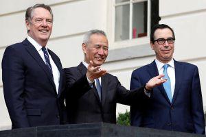 Đại diện Thương mại Mỹ: Ông Biden nên 'giữ chân Trung Quốc sát lửa'