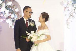 Ảnh đám cưới sang trọng của MC Thu Hoài và ông xã ở HN