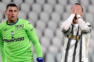 Ronaldo hỏng phạt đền, Juventus bị cầm hòa