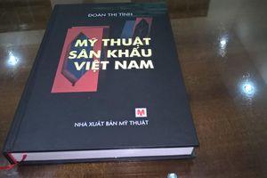 Sách quý 'Mỹ thuật sân khấu Việt Nam'