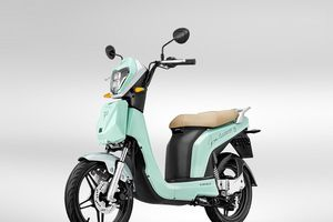 Cận cảnh xe máy điện sẽ xuất hiện trong dự án mới của Sơn Tùng M-TP