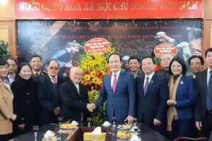 Lãnh đạo TP Hà Nội thăm, chúc mừng Ủy ban Đoàn kết Công giáo Việt Nam TP Hà Nội