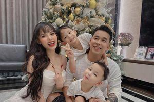 Vợ Lê Hoàng The Men tiết lộ dù đã có hai con trai nhưng cô vẫn không chịu được điểm này của chồng