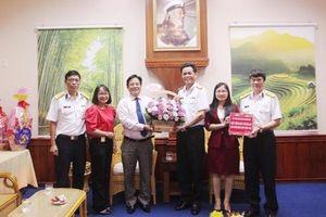 Lãnh đạo tỉnh Khánh Hòa thăm các đơn vị quân đội