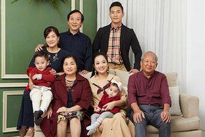 Gia đình Quốc Cơ - Hồng Phượng chụp ảnh Giáng sinh