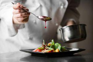 Chuyên nghiệp hóa để nâng tầm vị thế nghề đầu bếp
