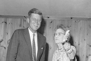 Bà của Tổng thống Kennedy không biết chuyện cháu trai bị ám sát?