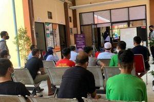 Ảnh hưởng bởi dịch Covid-19, ĐSQ Việt Nam thăm lãnh sự trực tuyến ngư dân bị tạm giữ tại Indonesia