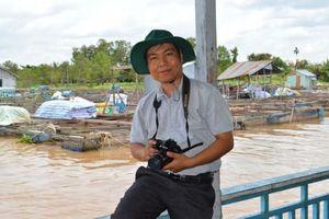 Nhà báo trẻ kể chuyện 'Dung dị miền Tây'