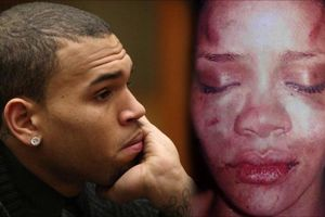Eminem xin lỗi Rihanna do từng ủng hộ Chris Brown