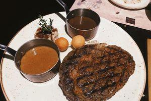 Nhà hàng bò bít tết ở Hà Nội