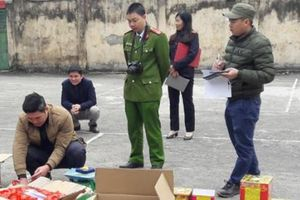 Hà Giang: Bắt quả tang đối tượng vận chuyển số lượng lớn pháo nổ