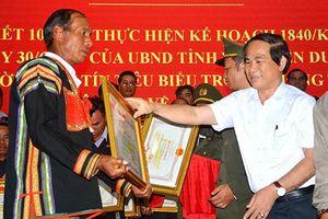 Già làng 3 lần được Chủ tịch tỉnh tặng Bằng khen