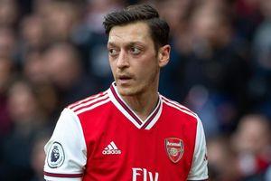 5 thảm họa chuyển nhượng vạch trần sự yếu kém của Arsenal