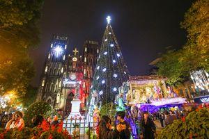 Hà Nội: Các nhà thờ 'thay da đổi thịt' trước thềm Giáng sinh 2020