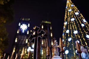 Hà Nội lung linh sắc màu đón Giáng sinh