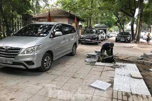 Phó Ban Tuyên giáo Hà Nội: Vỉa hè không phải làm để cho đỗ ô tô