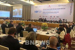 Tạo cơ chế đối thoại liên tục, chặt chẽ giữa Chính phủ với doanh nghiệp