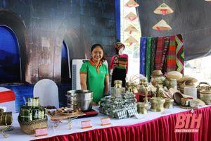 Phát triển sản phẩm lưu niệm phục vụ du lịch