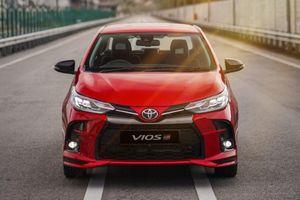Cận cảnh Toyota Vios GR-S 2021, không còn là 'thùng tôn di động'