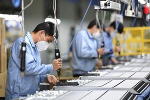Năm 2021, triển vọng kinh tế Việt Nam tích cực, dự báo tăng trưởng 6,8%