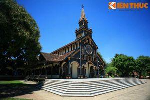 Ngắm 10 nhà thờ có kiến trúc đặc biệt nhất Việt Nam