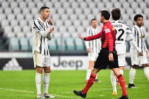 Ronaldo bất lực trong trận thua 0-3 của Juventus