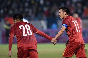 Văn Quyết ghi dấu ấn trong trận trở lại tuyển quốc gia