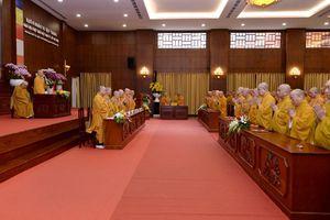 Bế mạc khóa huân tu tập trung tại Việt Nam Quốc Tự
