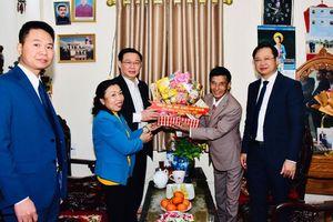 Bí thư Hà Nội tặng nhà Đại đoàn kết, chúc mừng Giáng sinh