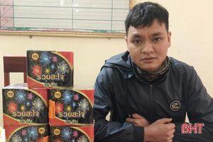 Công an Can Lộc khởi tố 9X tàng trữ pháo trái phép