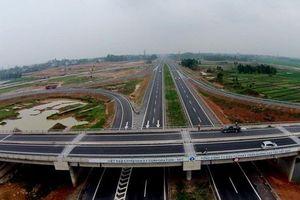 Việt Nam sẽ có 6.500 km đường bộ cao tốc vào năm 2030