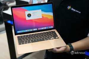 Mở bán Macbook sớm, Apple muốn 'đấu' với thị trường xách tay?