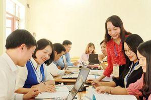 Thực hiện chương trình mới: Tăng tốc bồi dưỡng giáo viên