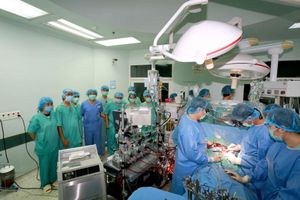 Ca ghép tim xuyên Việt của Bệnh viện Trung ương Huế lọt đề cử thành tựu y khoa 2020