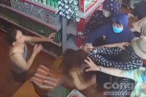 Một phụ nữ tố cáo bị nhóm người hành hung gây thương tích