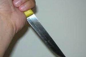 Dùng dao đâm chết người vì mâu thuẫn