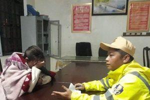 3 chiến sĩ Công an ở Huế cứu cô gái rơi xuống sông trong đêm