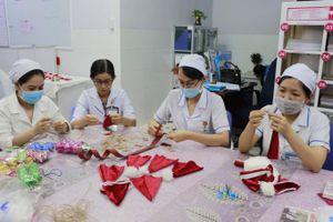 Cần Thơ: Những chiếc mũ đỏ cho ngày Giáng Sinh