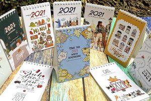 Nhiều mẫu lịch Tết độc đáo chào năm mới 2021