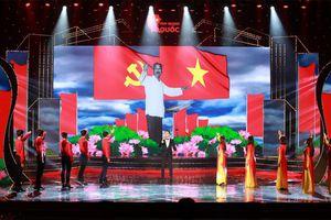 Nhìn lại lịch sử dân tộc trong chương trình ''Vinh quang Tổ quốc''