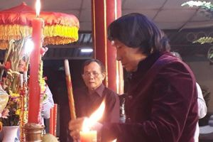 NSND Minh Vương lo liệu nơi chôn cất nghệ sĩ Hề Sa