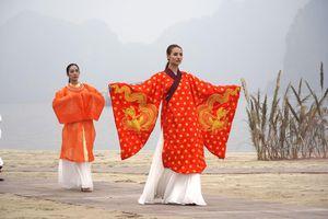 Festival Áo dài: Thả dáng kiêu sa bên bờ vịnh Bái Tử Long
