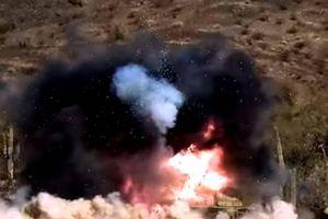 Mỹ dùng pháo tự hành tiêu diệt hệ thống tên lửa phòng không Kub